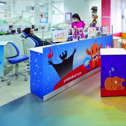 Decoración Mobiliario Clínica Dental