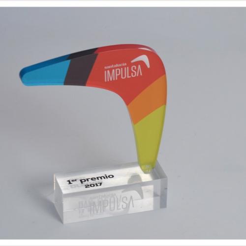 PLV: Trofeo en Metacrilato para Impulsa